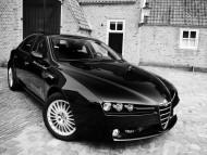 black / Alfa Romeo