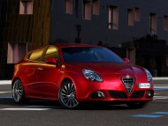 red hatchback / Alfa Romeo