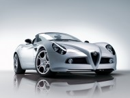 silver coupe / Alfa Romeo