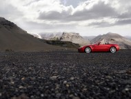 Vantage Roadster mountains / Aston Martin