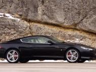 DB9 black side / Aston Martin