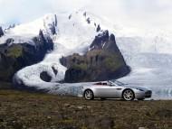 Vantage Roadster snow / Aston Martin