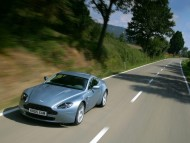 AM Vantage V8 / Aston Martin