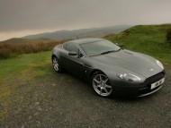 AM Vantage V8 hill / Aston Martin