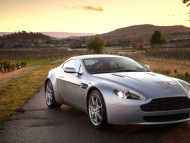 AM Vantage V8 outdoor / Aston Martin