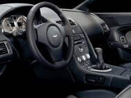 AM Vantage V8 dashboard / Aston Martin