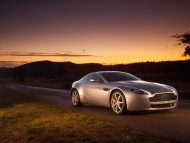 AM Vantage V8 sunset / Aston Martin