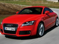 TT red coupe / Audi
