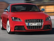 TT S red coupe front / Audi