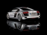 Download R8 silver coupe / Audi