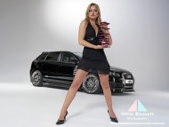 Women & big coil spring / Audi