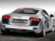 R8 silver coupe back / Audi