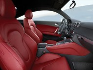TT red leather saloon / Audi