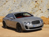 silver luxe sedan / Bentley