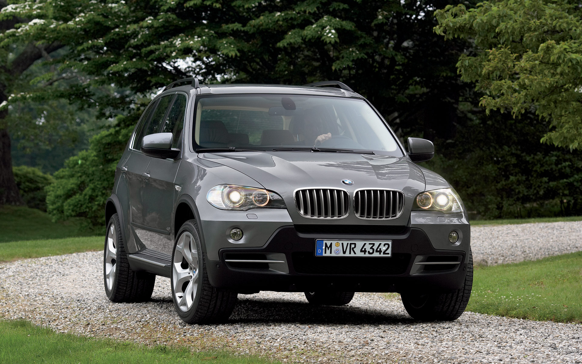 free download hq x5 jeep grey front bmw wallpaper num 321 1920 x 1200 562 3 kb. Black Bedroom Furniture Sets. Home Design Ideas