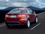X6 red back road / Bmw