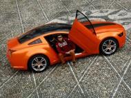 Orange Mustang / Ford