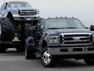 Ford F350 Super Duty / Ford
