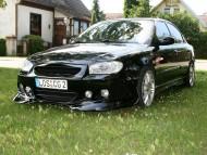 black / Hyundai