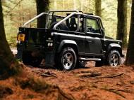 black jeep defender / Land Rover