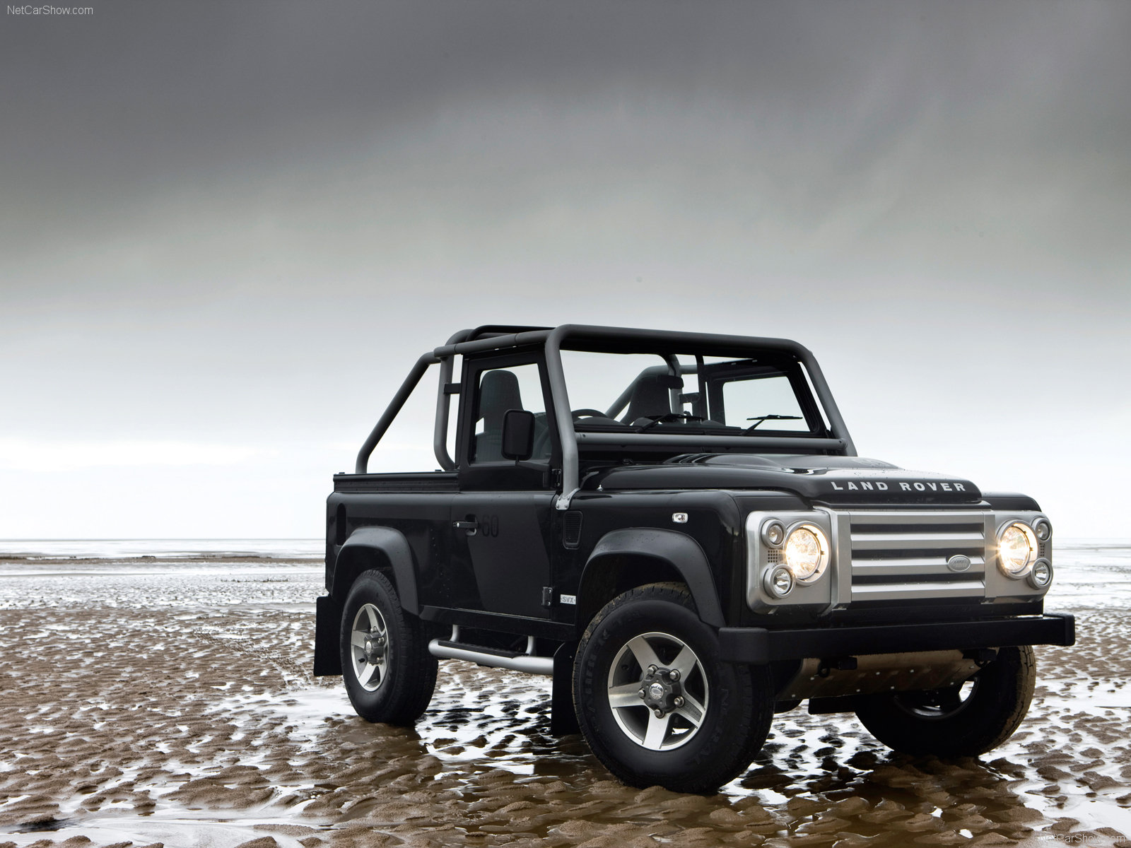 Free download hq front jeep defender land rover wallpaper for The range wallpaper sale