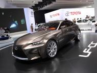 LF CC front / Lexus
