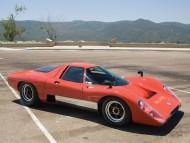 red retro old / McLaren