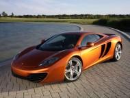 MP4-12C orange / McLaren