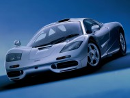 silver supercar / McLaren