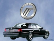 back black sedan / Mercury Marauder
