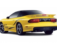 Download yellow back KCY 954 / Pontiac