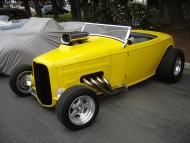 hot rod yellow / Retro Cars