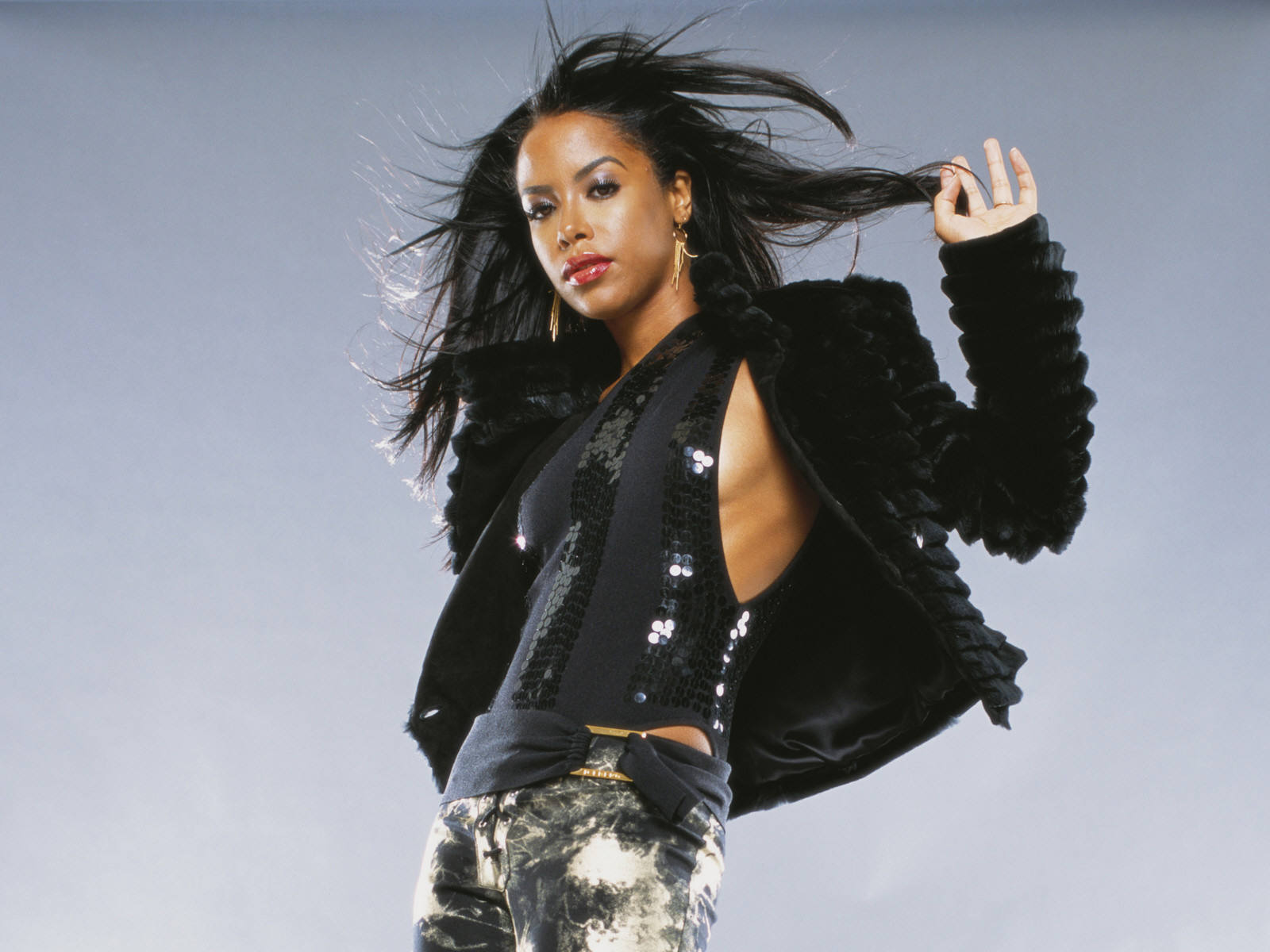 Download full size Aaliyah wallpaper / Celebrities Female / 1600x1200