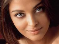 Download Aishwarya Rai / Celebrities Female