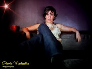 Download Alanis Morissette / Celebrities Female