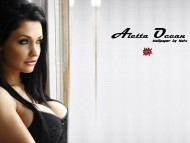 Aletta Ocean / Celebrities Female