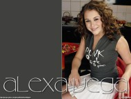 Alexa Vega / Celebrities Female
