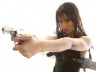 gun / Alicia Keys