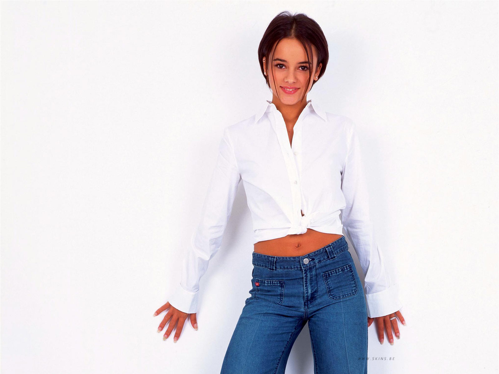 alizee wallpaper 27 - photo #13