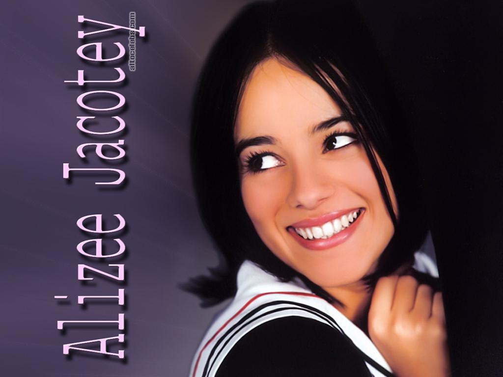 Full size Alizee wallpaper / Celebrities Female / 1024x768