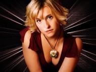 Download Allison Mack / Celebrities Female