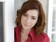 Alyson Hannigan / Celebrities Female