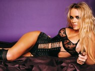 Amanda Marcum / Celebrities Female