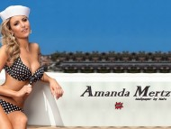 Amanda Mertz / Celebrities Female