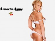 HQ Amazin Amie  / Celebrities Female