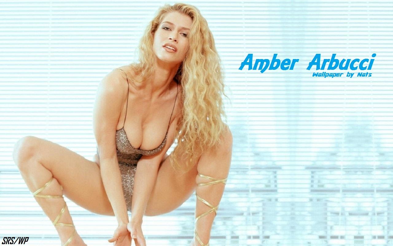 anna nicole smith heavy nude pics
