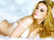 Amber Heard / Celebrities Female