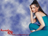 Amisha Patel / Celebrities Female