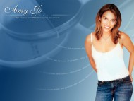 Amy Jo Johnson / Celebrities Female