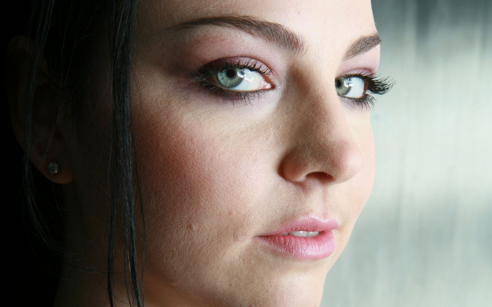 Amy Lee Celebrities Female Wallpaper Picture